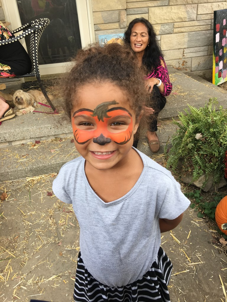Face Painting by essiesue