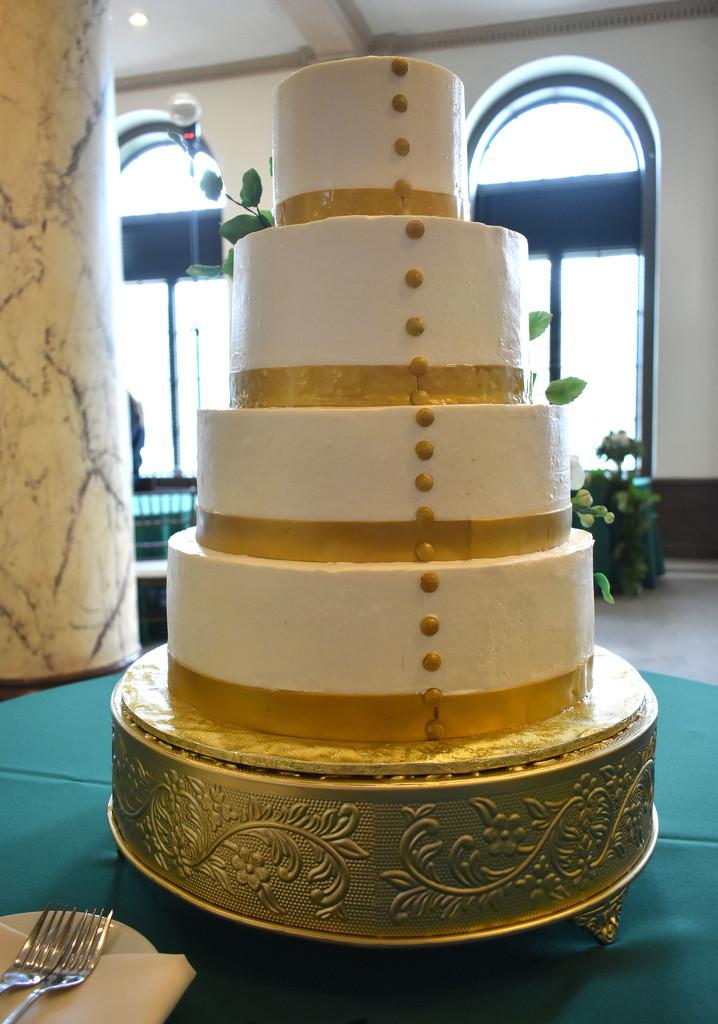 WEDDING CAKE! by homeschoolmom