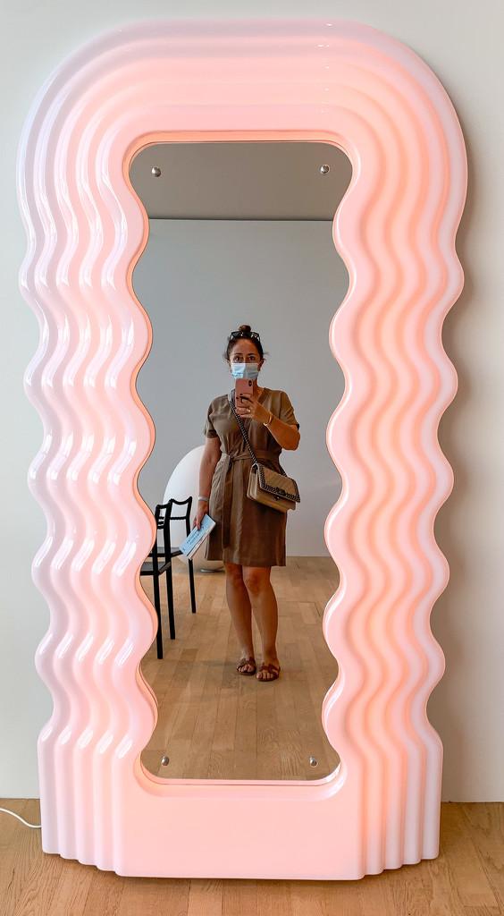 The nice mirror.  by cocobella