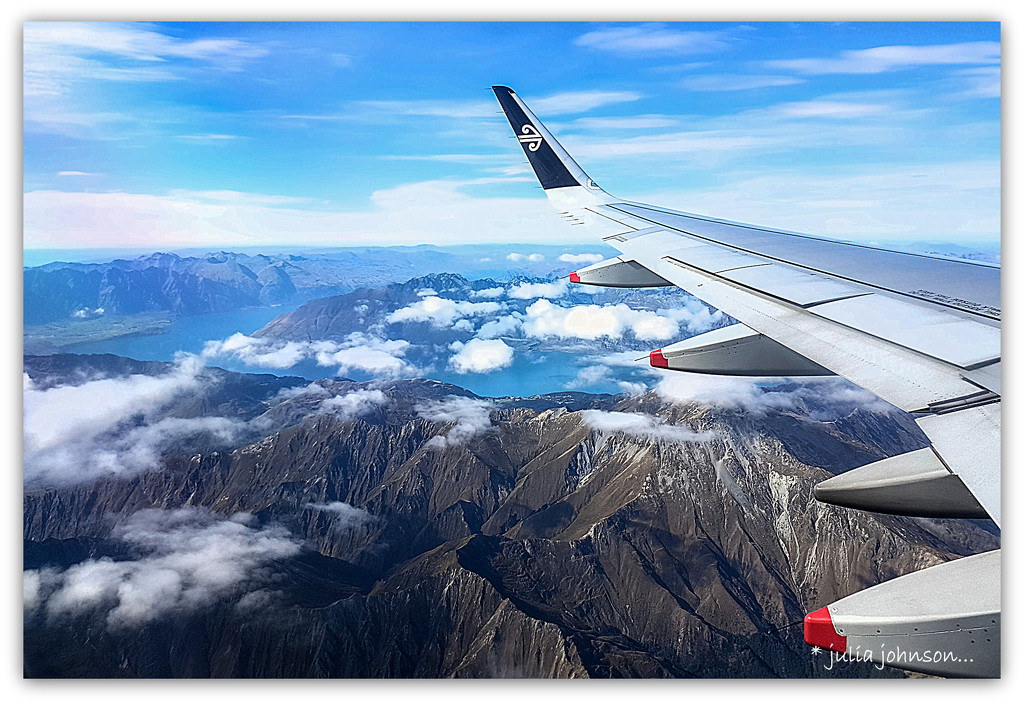 Wings over Queenstown by julzmaioro