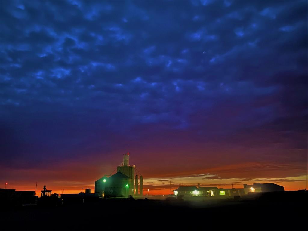 Farmland Sunrise by lynnz