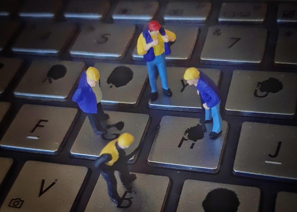 Keyboard repairs  by salza