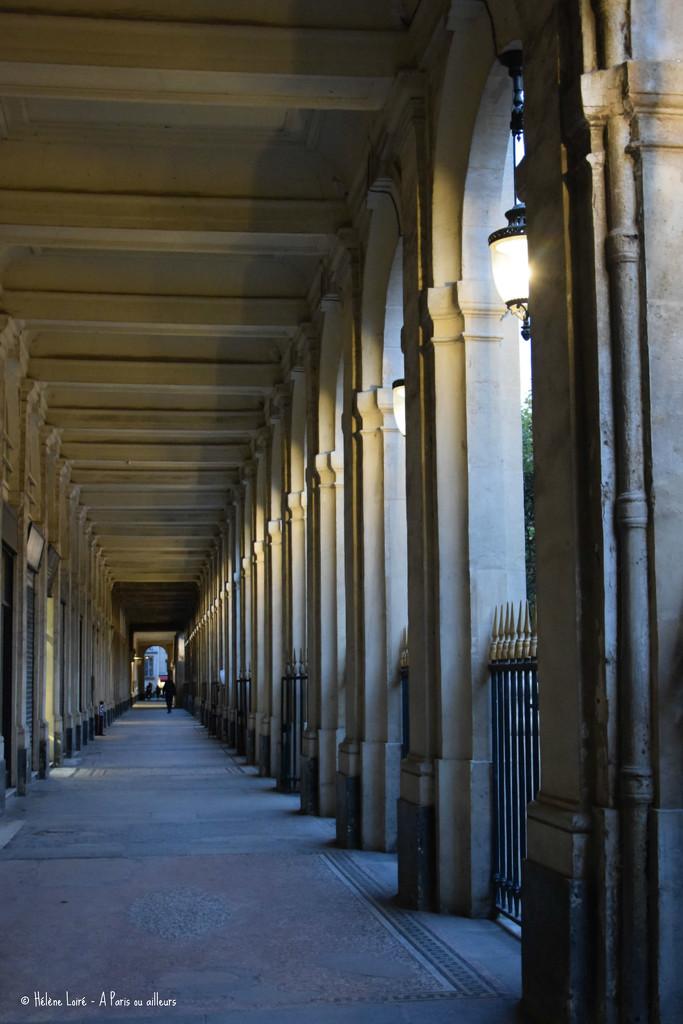 Galerie de Montpensier  by parisouailleurs
