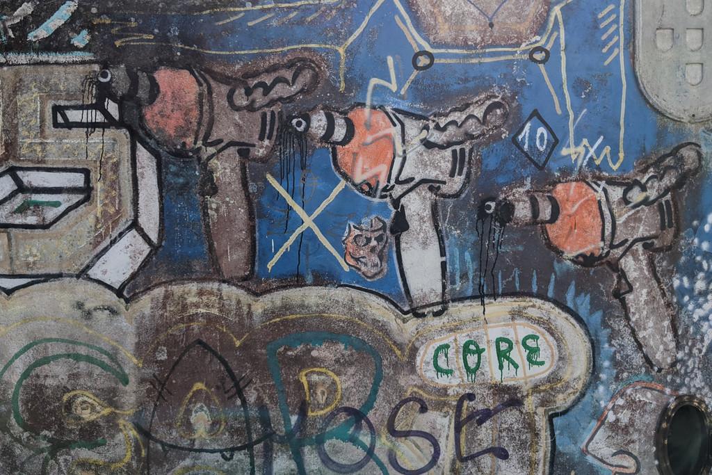 52 Week Challenge: Week 42 – Graffiti by fotoblah