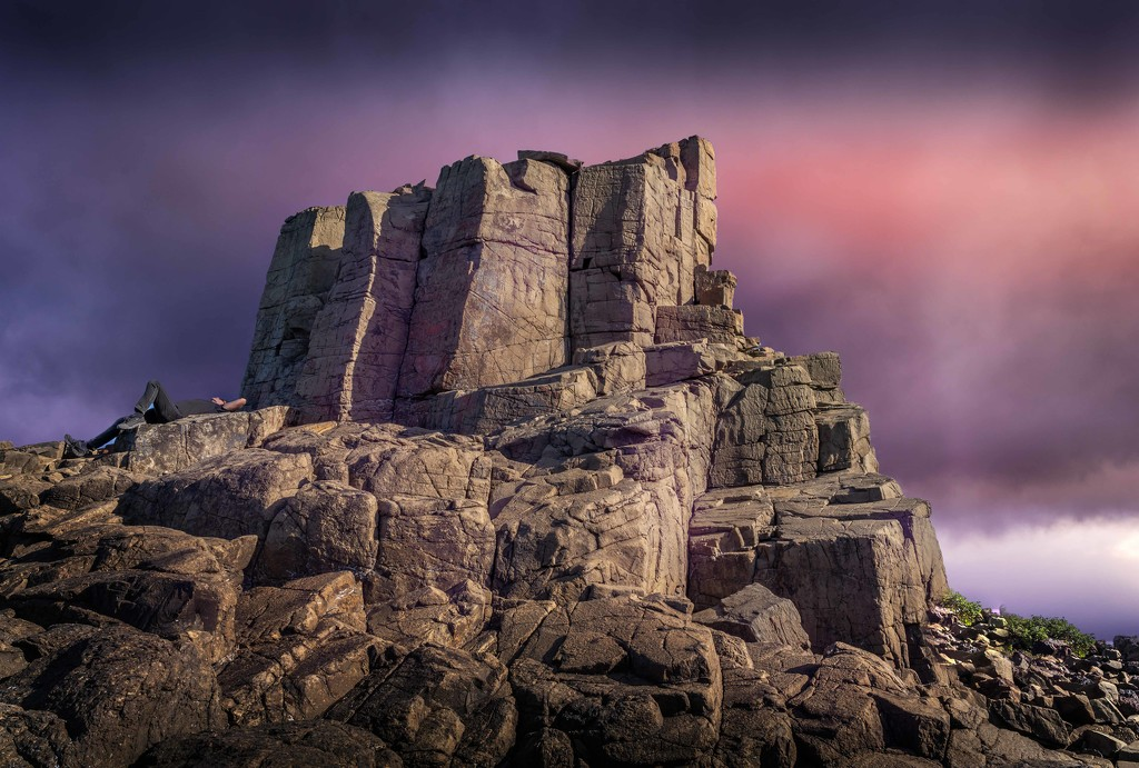 Bombo quarry by pusspup
