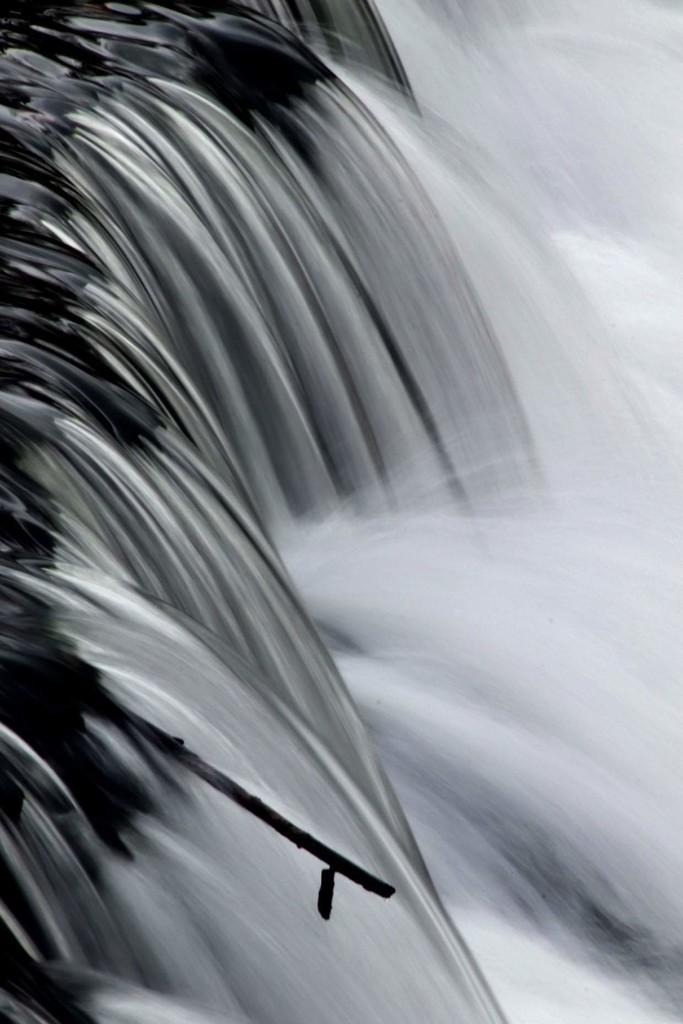 Waterfall by randy23