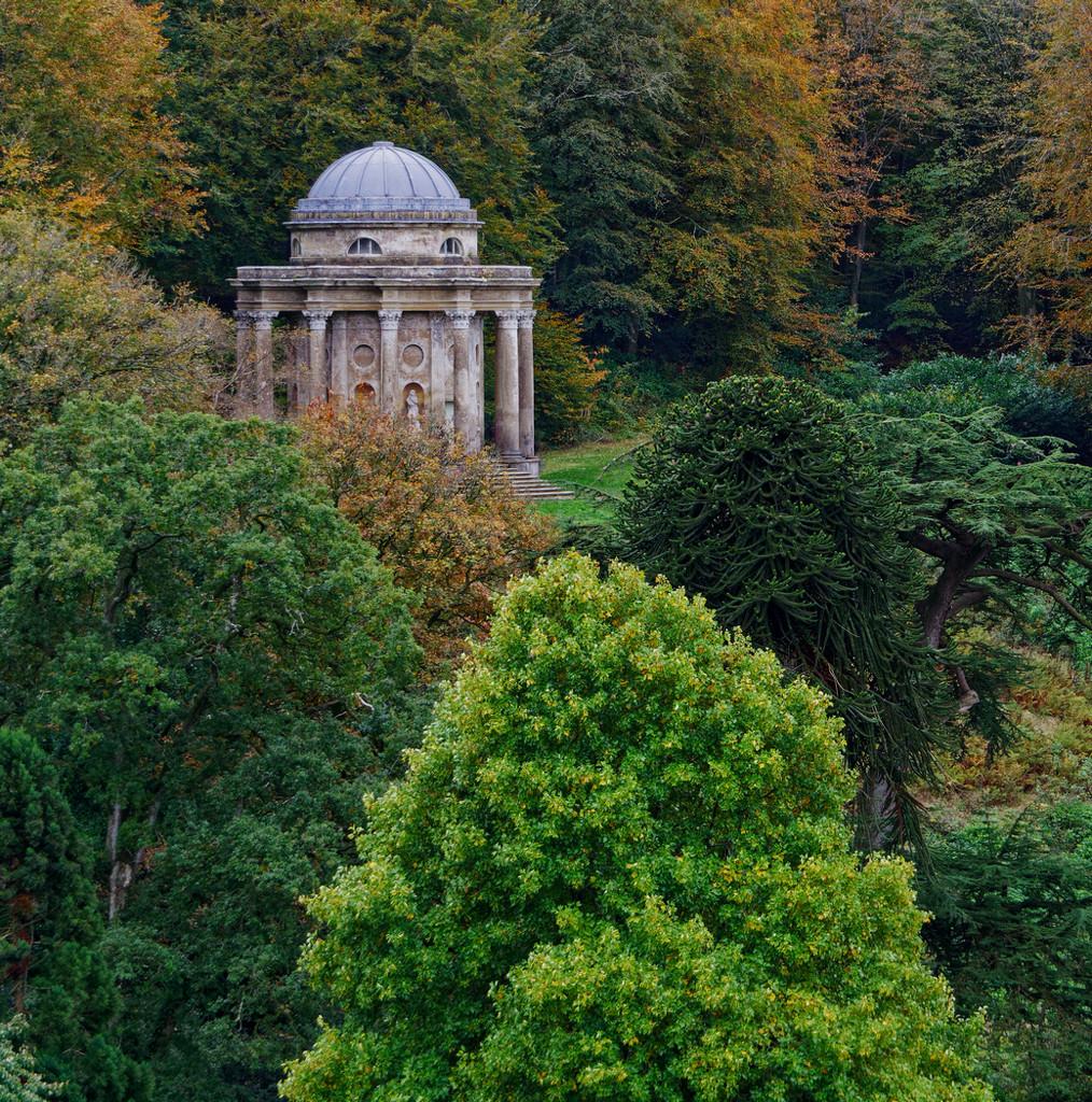 1021 - Temple of Apollo, Stourhead (2) by bob65