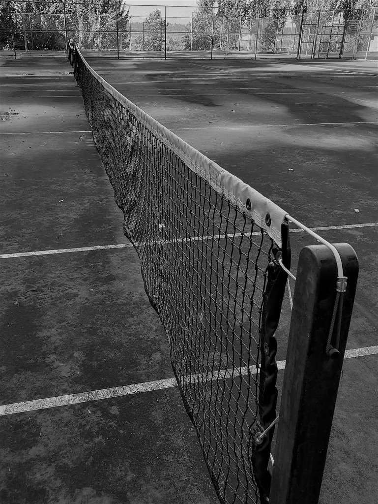 Empty Tennis Court by yollie65