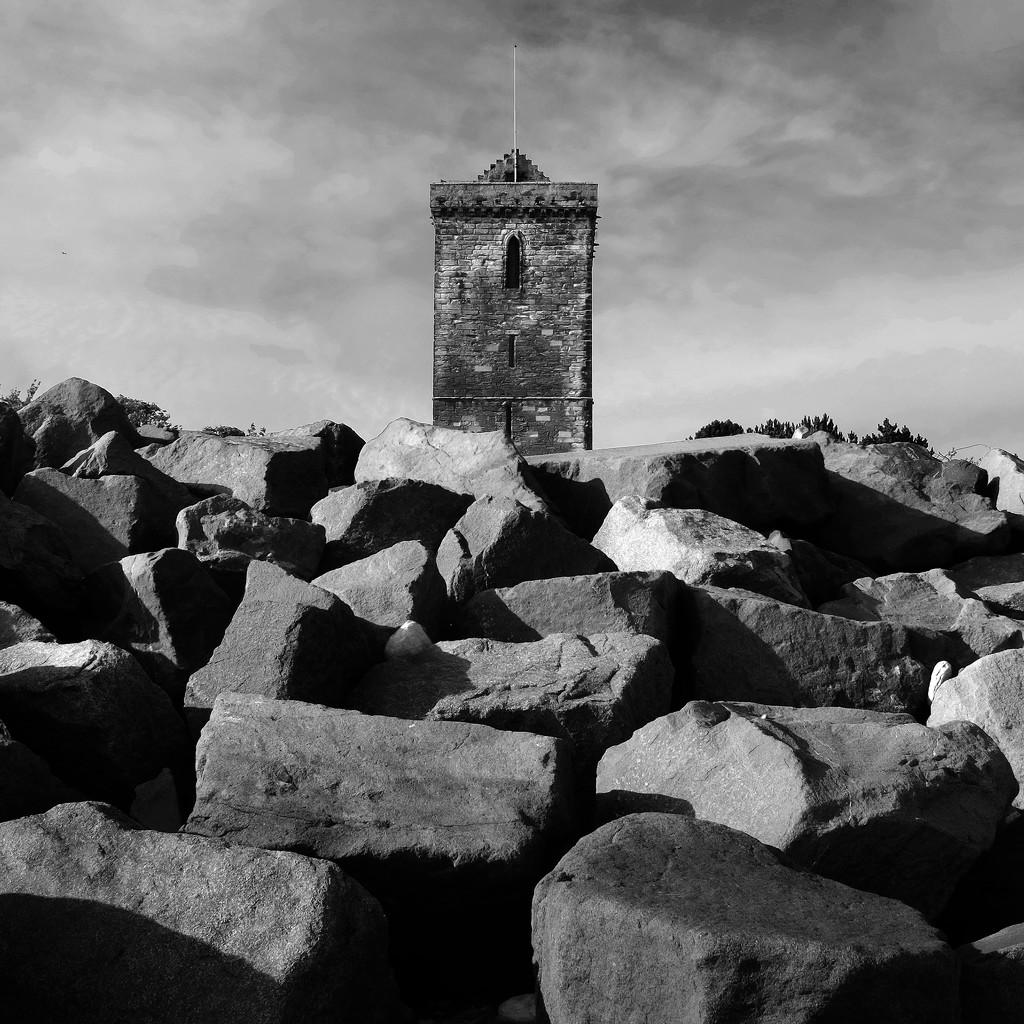 Monumental by rexcomu