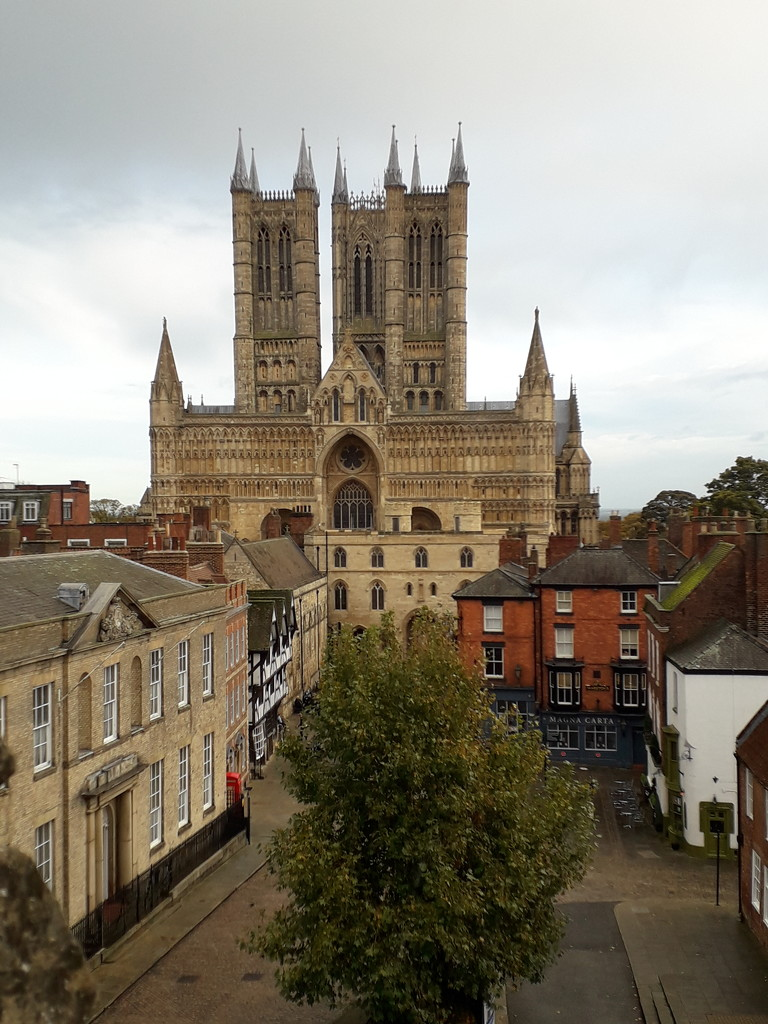 Lincoln Cathedral by mave