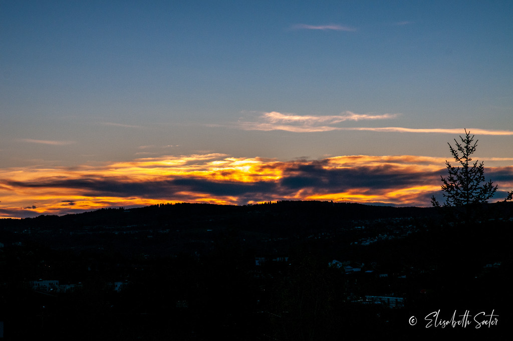 Sunset from the porch by elisasaeter