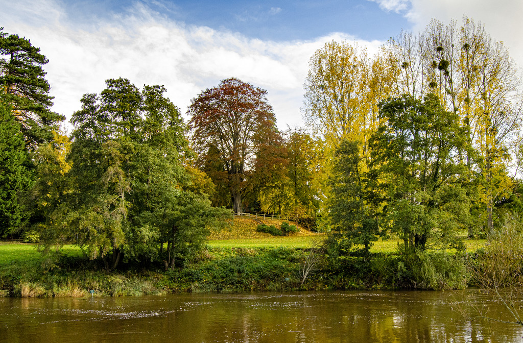 The River Wye at Bredwardine by clivee