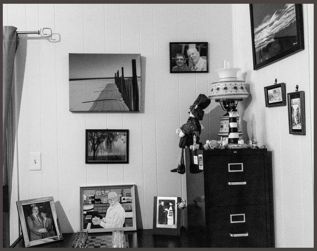 Family Room Desk by hjbenson