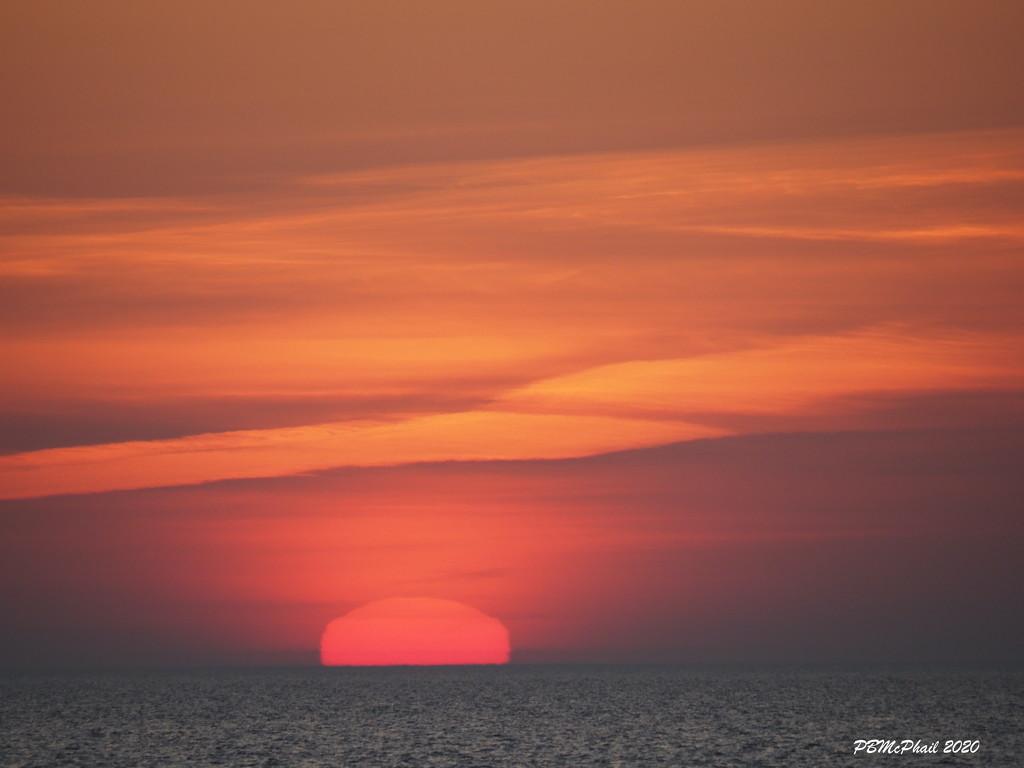 Fall Sunrise by selkie