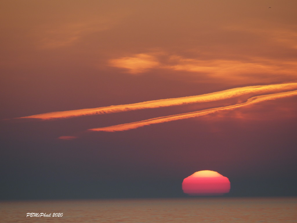 Sunrise Shapes by selkie