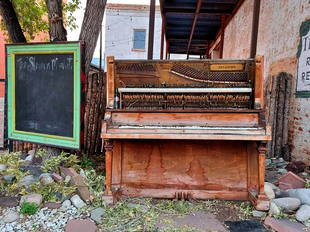 Old Piano Art by harbie