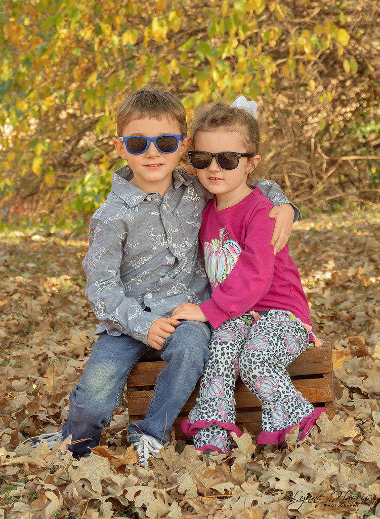 Cool Dude and Dudette by lynne5477