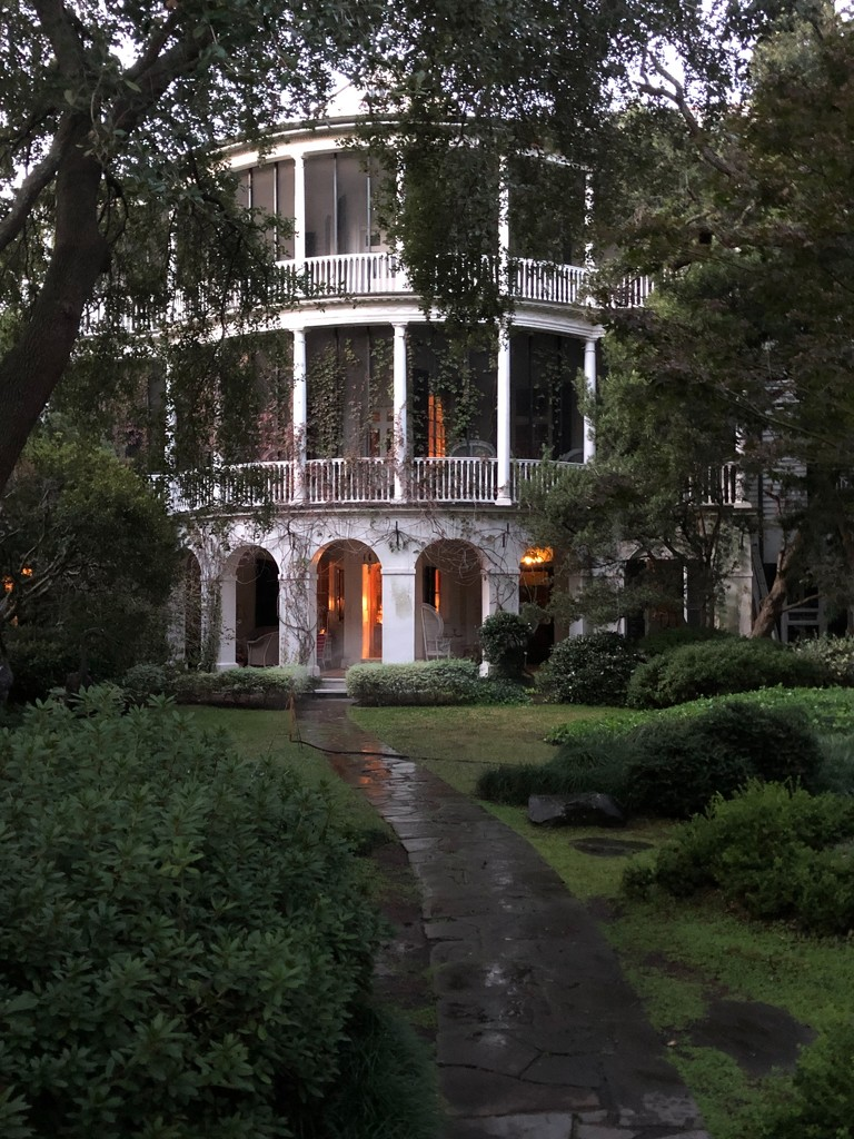 One of my favorite houses in historic Charleston, SC by congaree