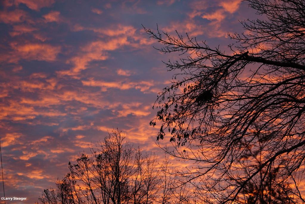 Sunrise 1 by larrysphotos