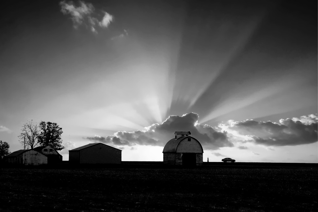 Black And White Sunset by randy23