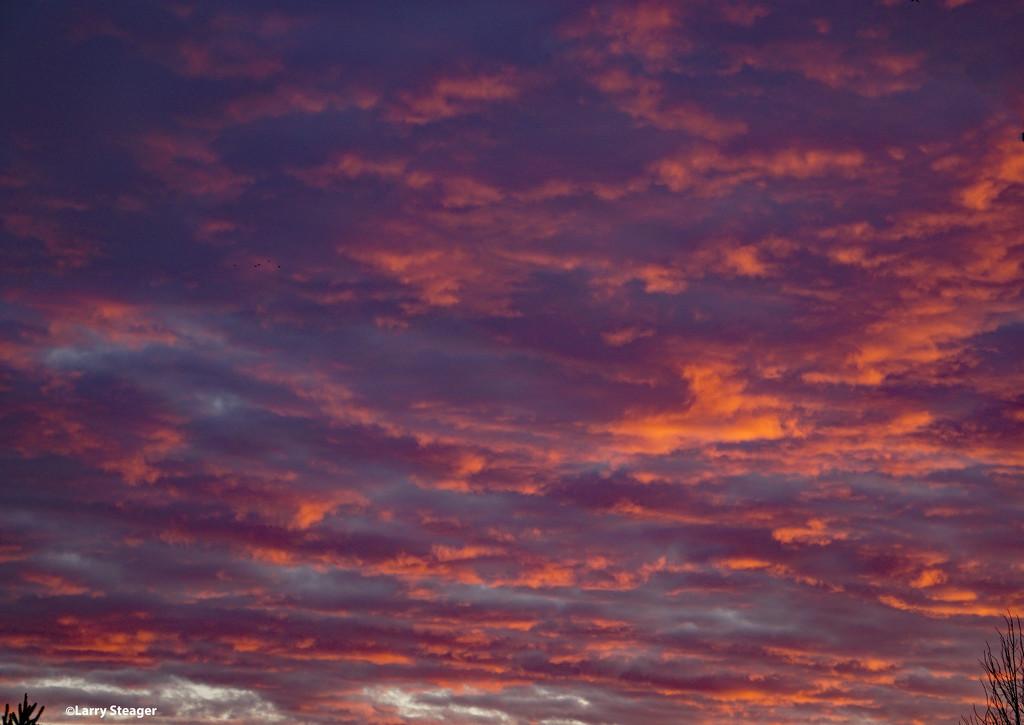 Sunrise by larrysphotos