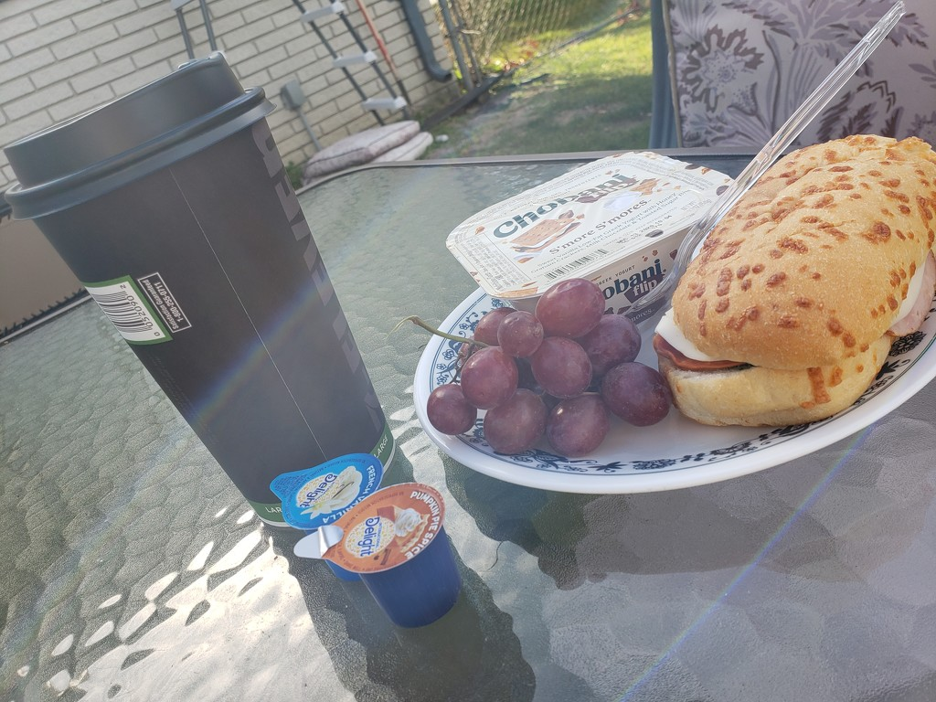 Lunch is served by lilhippiemama