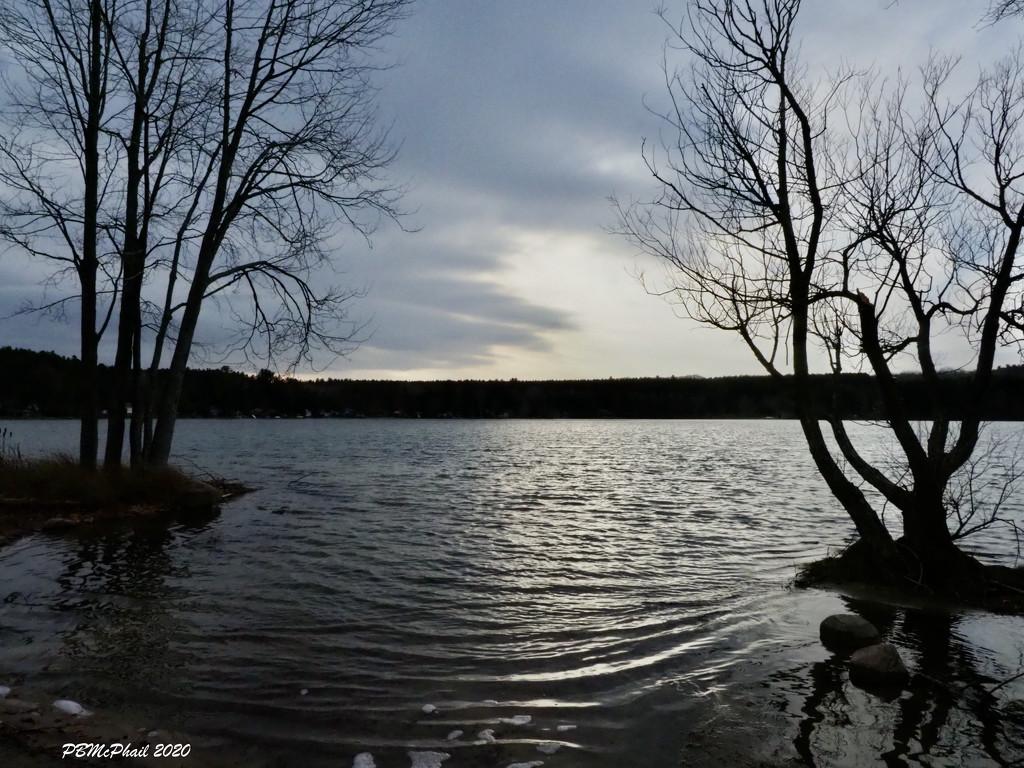 Farlain Lake  by selkie