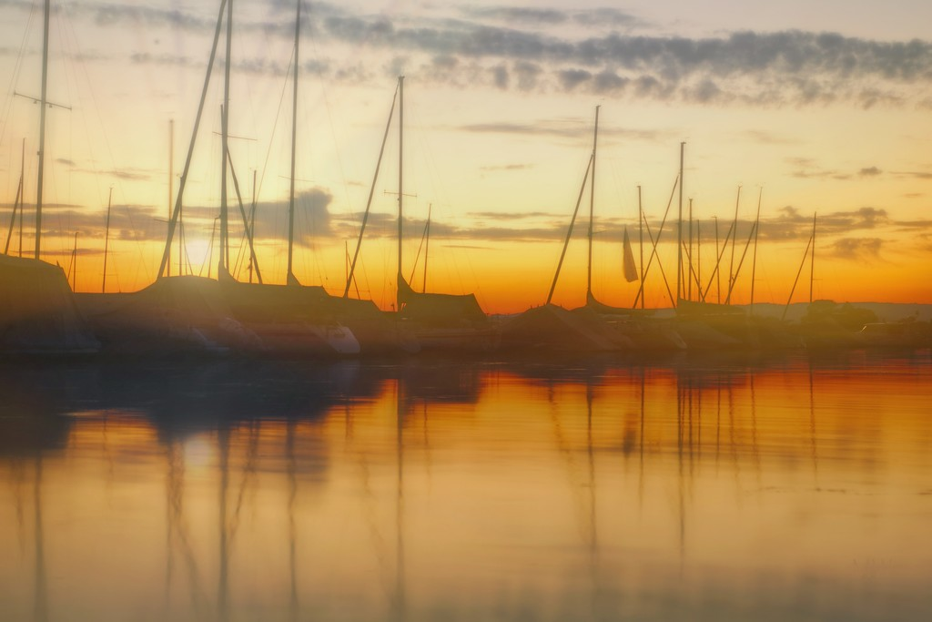2020-11-23 calm waters by mona65