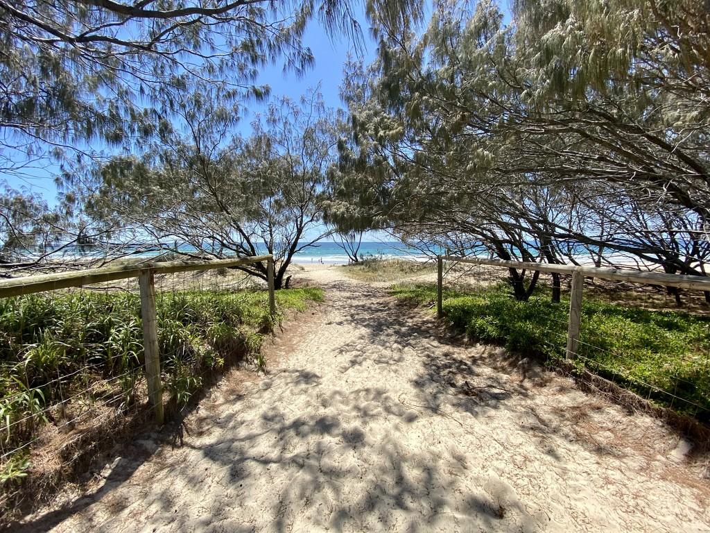Main beach by sugarmuser