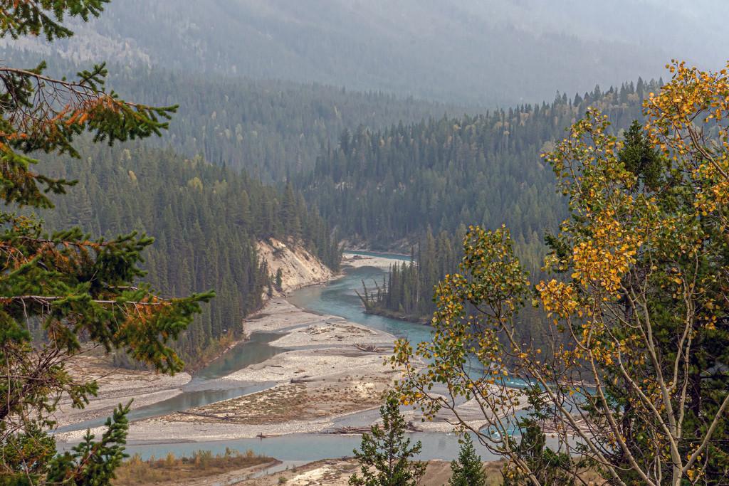 The Kootenay National Park by farmreporter