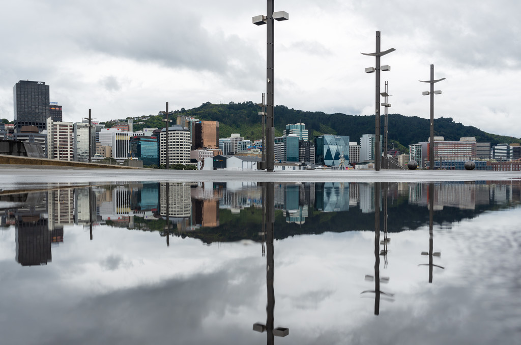 When rain stopped... by yaorenliu