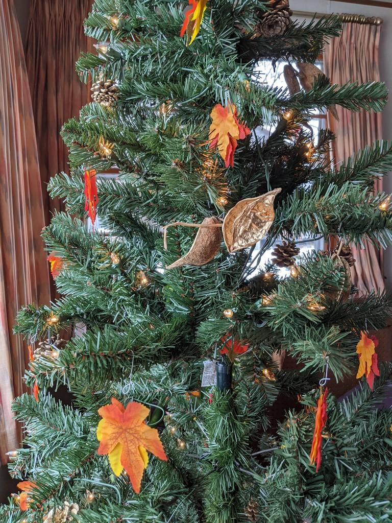 Thanksgiving Tree by prairiesmoke
