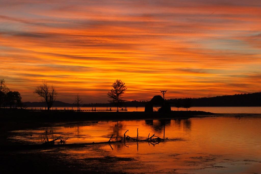 LHG-5257- Golden Autumn sunset at LakeGuntersville by rontu