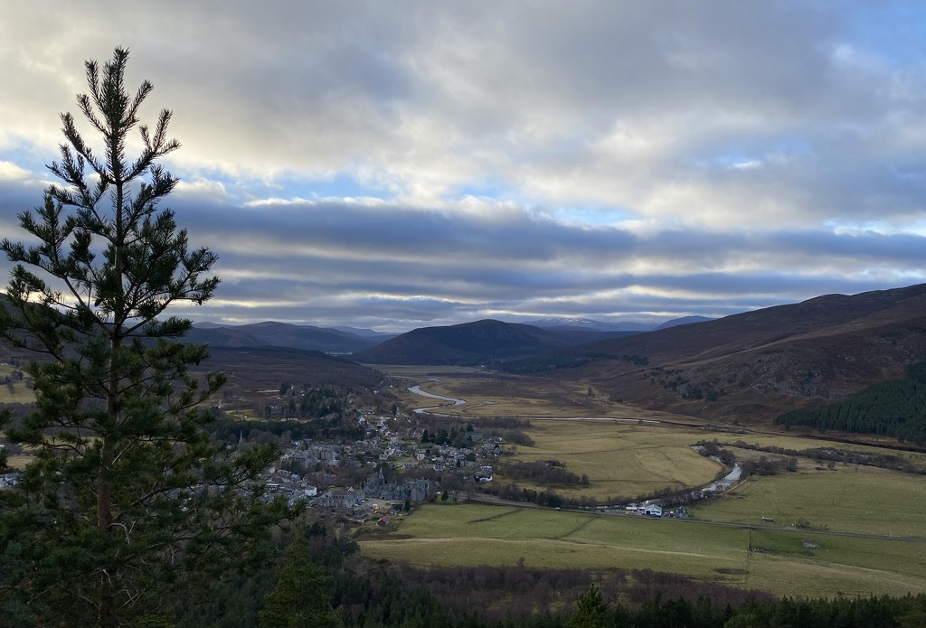 Looking Down on Braemar by jamibann