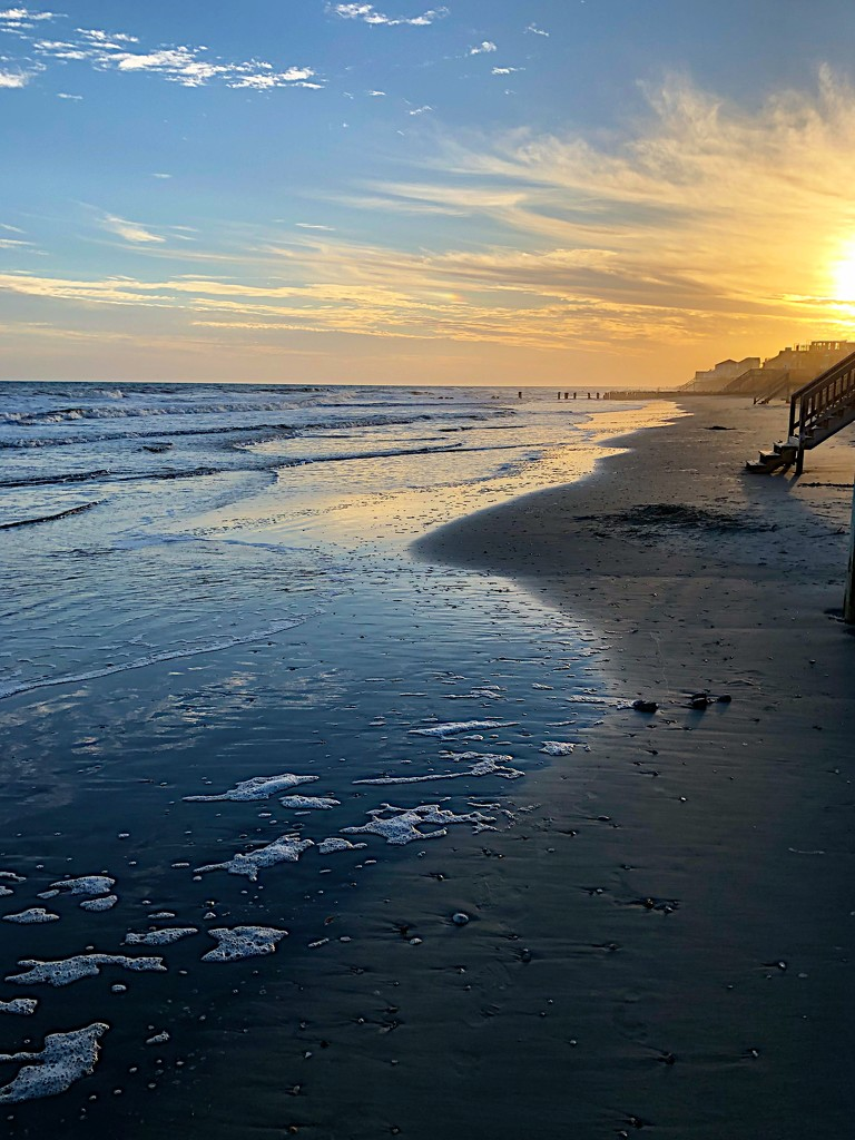 Anther golden sunset at the beach. by congaree