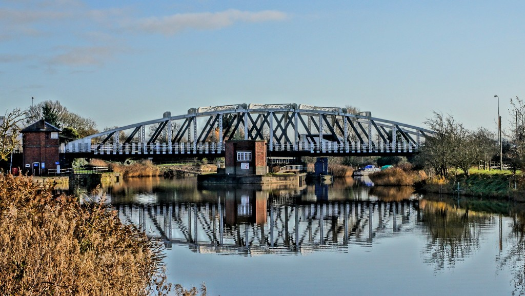 ACTON BRIDGE SWING BRIDGE by markp