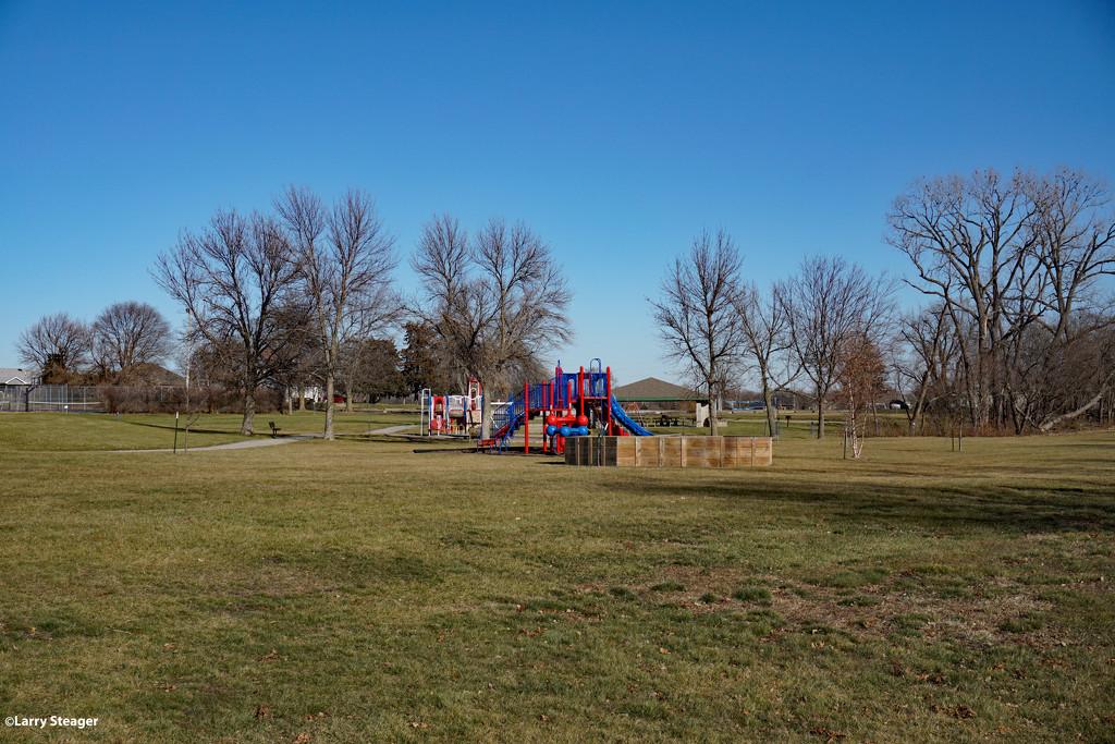 Empty park by larrysphotos
