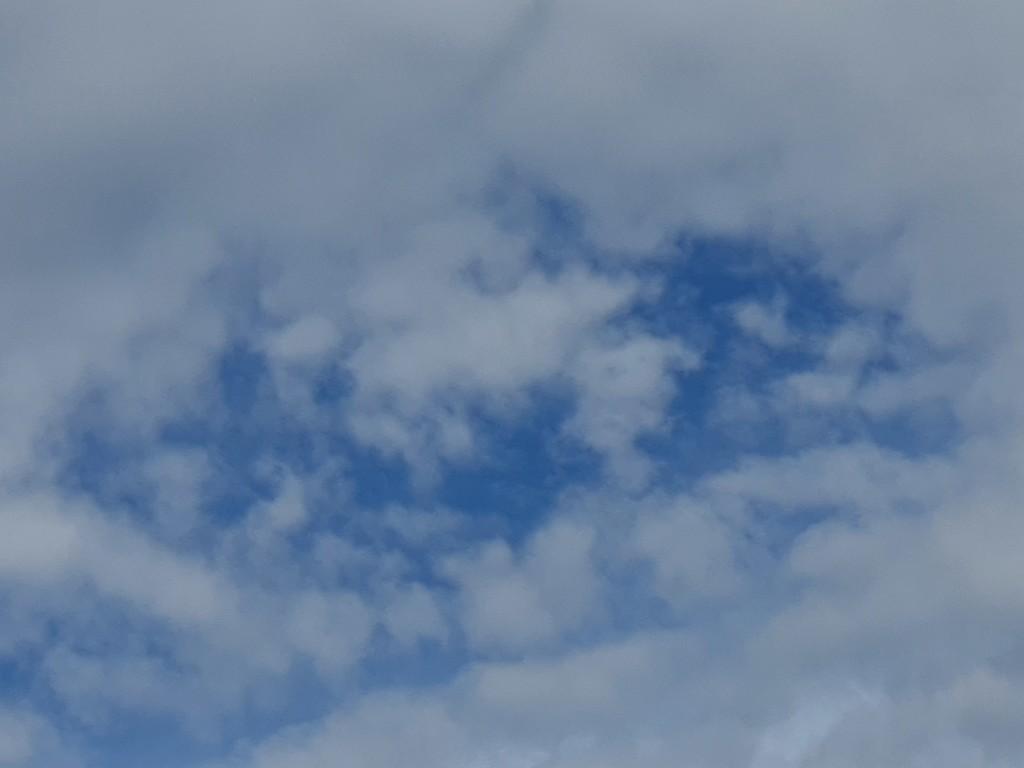 20201128_084610 sky by summeradelaide