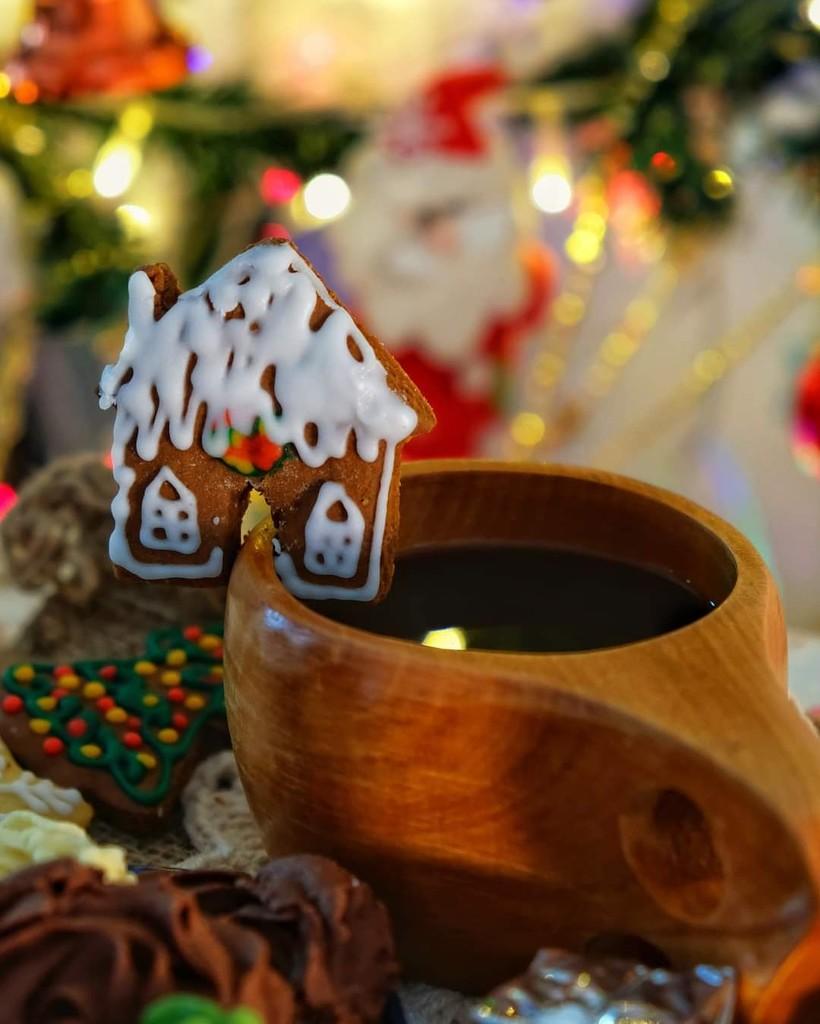 333/365⁴ : house coffee by jackhoo
