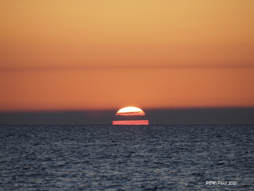 Layered Sun by selkie