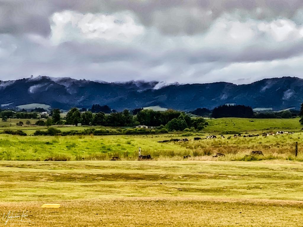 Rain clouds by yorkshirekiwi