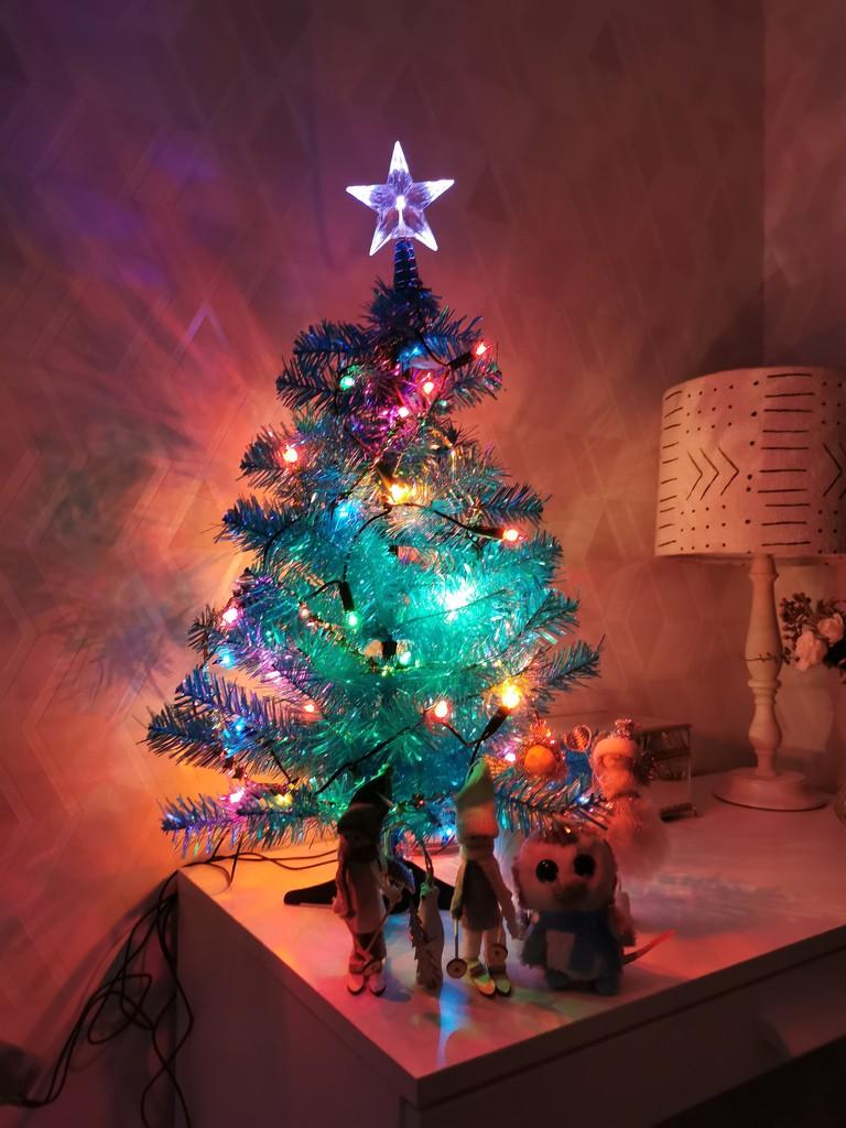 Christmas Lights  by tiredpanda
