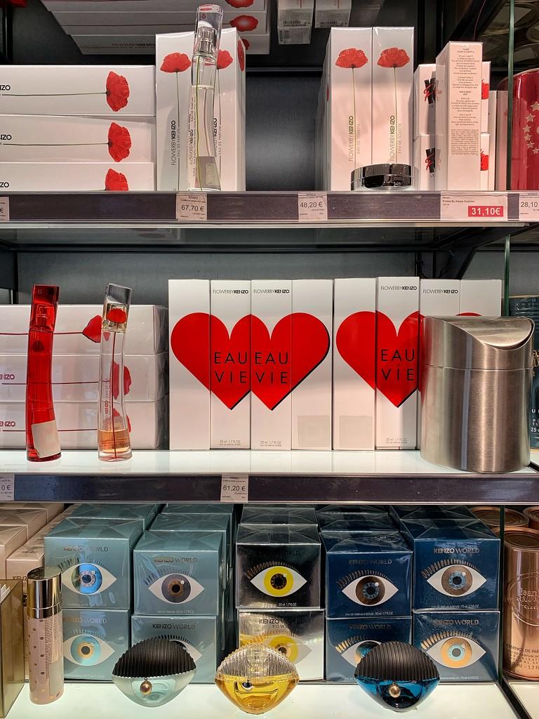 Hearts perfumes.  by cocobella