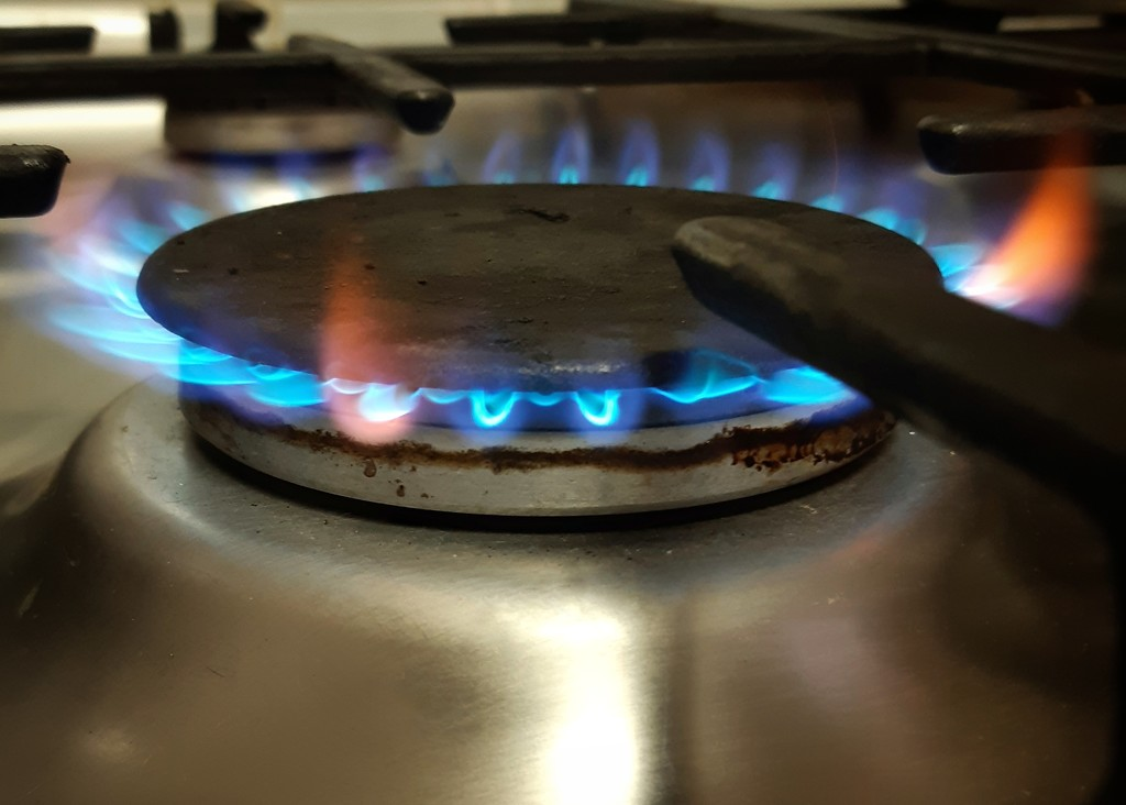 Cooking with Gas  by salza