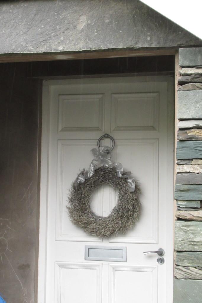 tasteful wreath by anniesue