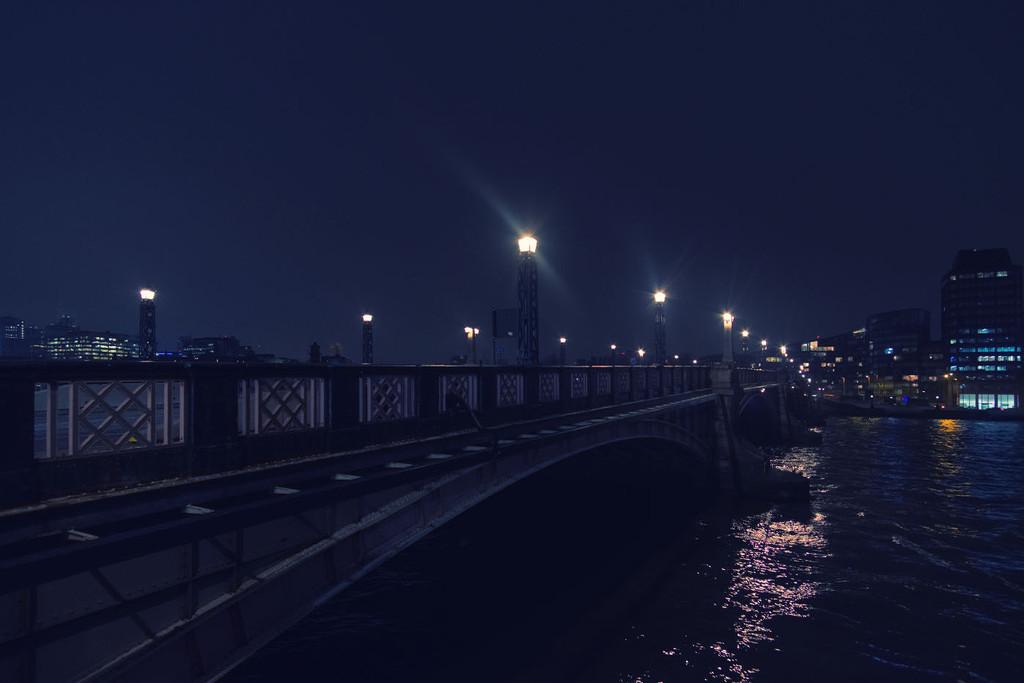 Lambeth Bridge by rumpelstiltskin