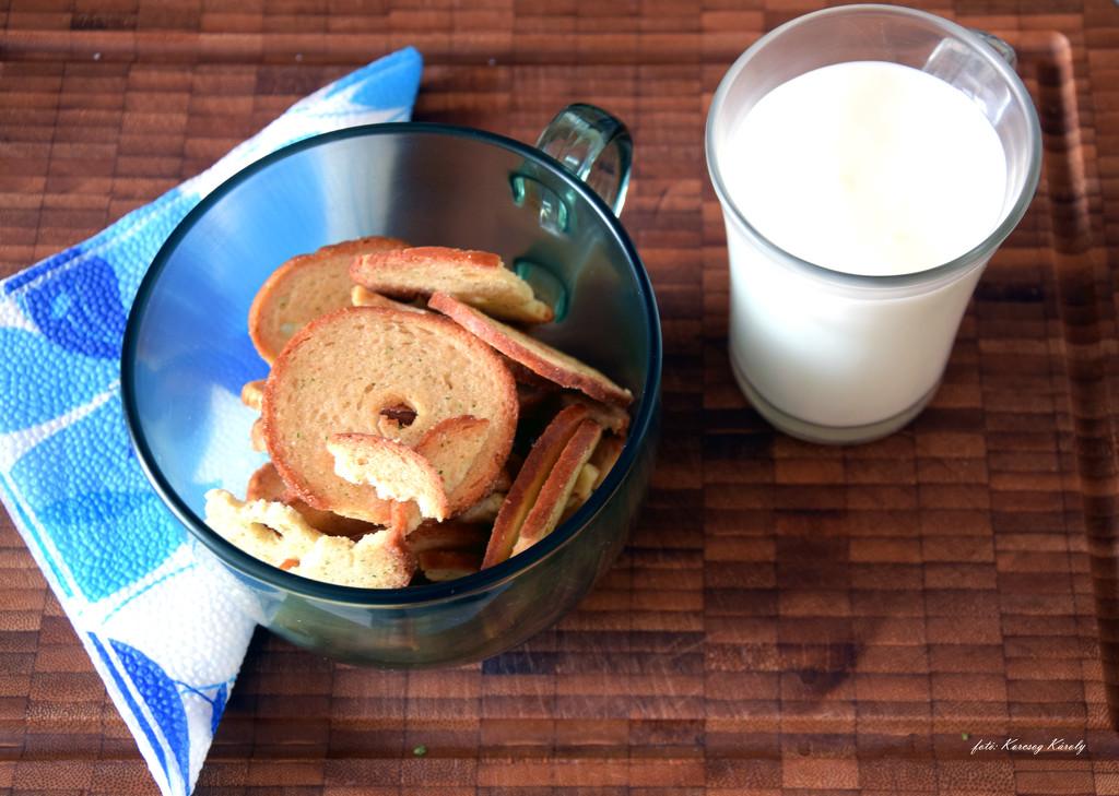 Today's breakfast by kork
