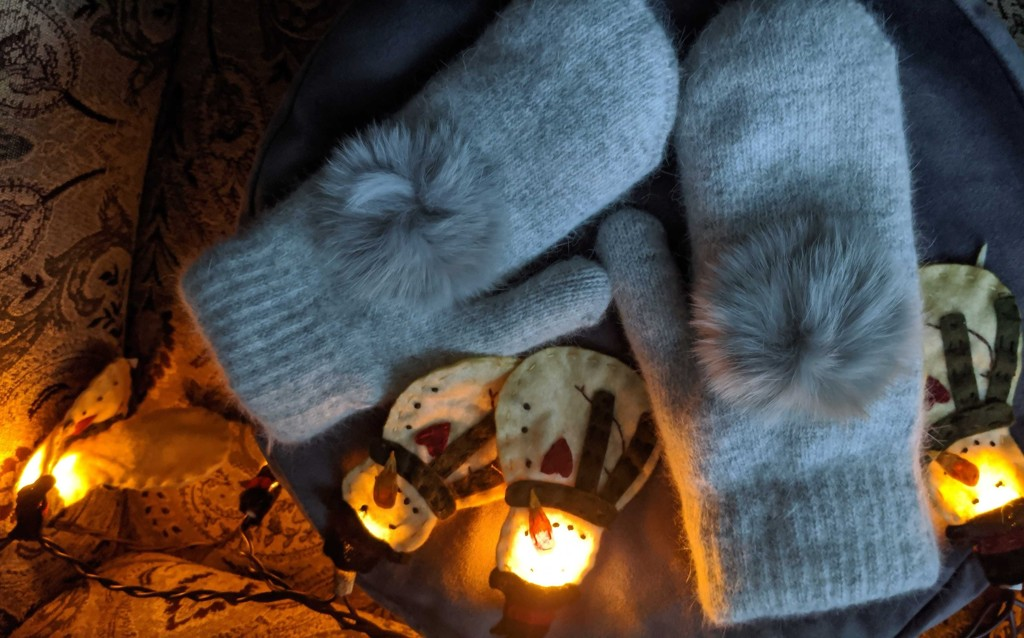 Cosy Mittens by gq