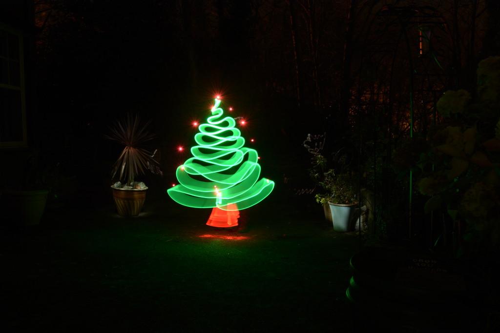 My LP Christmas tree....... by ziggy77