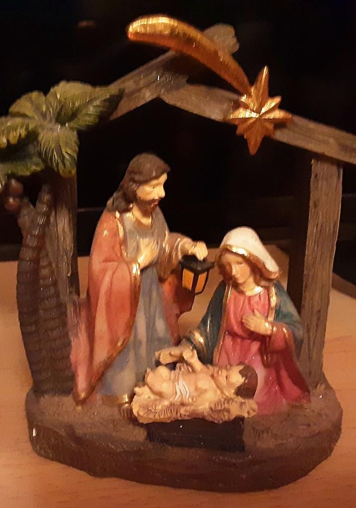 A family Nativity  by grace55